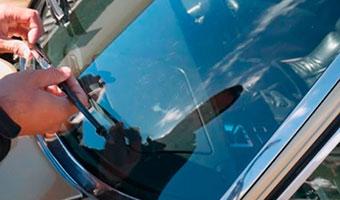 escobillas-coche-limpiaparabrisas