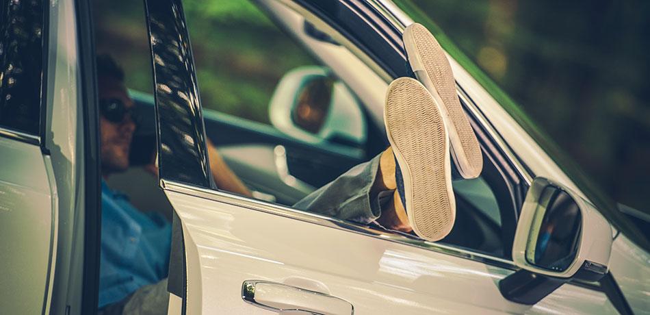 mejores-manos-libres-para-tu-coche